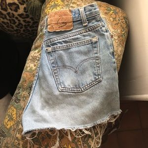 Levi's // Vintage Shorts